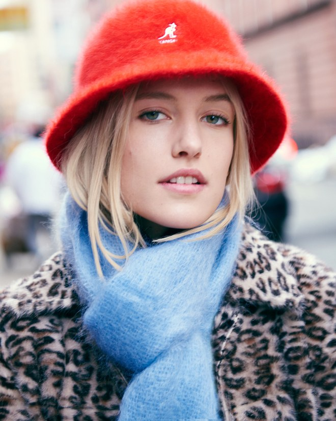 05-hats-and-scarves-carlotta-kohl
