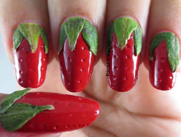 strawberry-nail-art-design-600x456