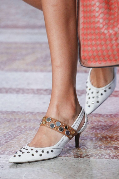 Bottega Veneta's Kitten Heels/Vogue