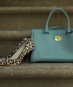 Leopard Shoes & Pastel Bag, 3C Style